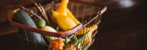 Cesto com hortifruti para restaurantes